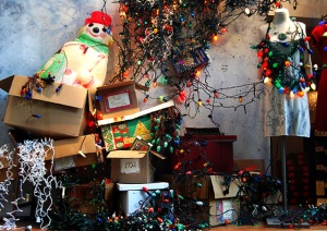 holiday-decoration-fails-jumbled-mess